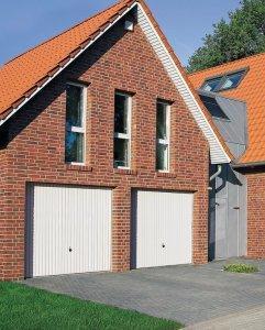 domek z czerwonej cegły
